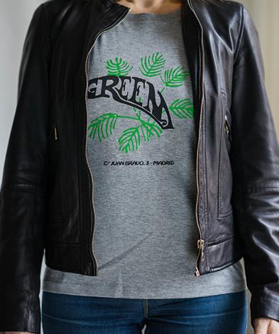 green miss chica cuero negra - Camiseta Mujer GREEN Gris